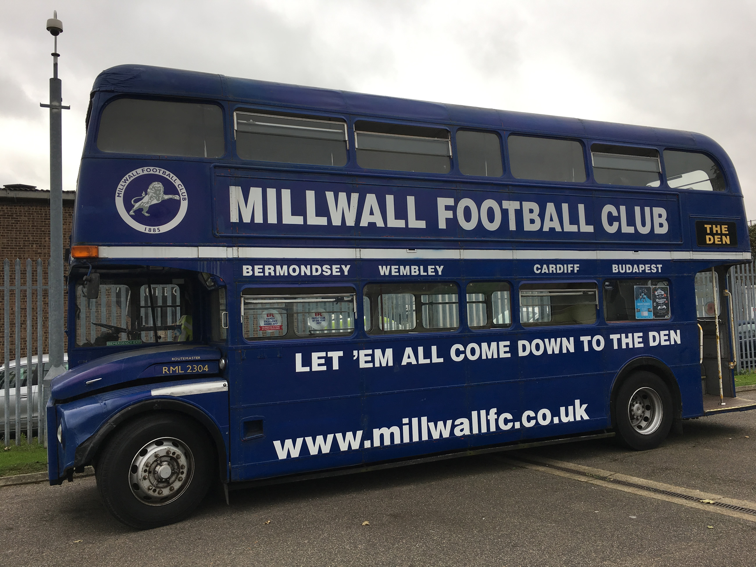 the_den_millwall_1